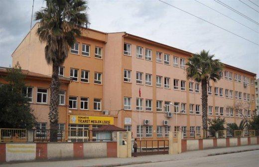 Ticaret Lisesi Yeni Binaya Taşınamaz